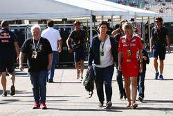 Norbert Vettel with wife Heike Vettel and Britta Roeske, Ferrari Press Officer