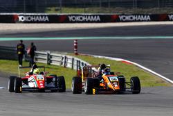 Joseph Mawson, Van Amersfoort Racing; Mick Schumacher, Prema Powerteam