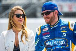 Dale Earnhardt Jr., JR Motorsports Chevrolet and girlfriend Amy Reimann