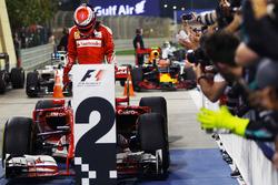 Le 2e Kimi Räikkönen, Ferrari SF16-H, au parc fermé