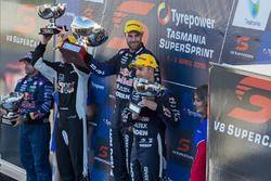 Podium: winner Shane van Gisbergen, Triple Eight Race Engineering Holden, second place Jamie Whincup