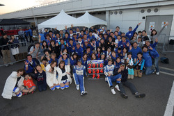 Takeshi Tsuchiya und Takamitsu Matsui, Team Tsuchiya, feiern Platz 3