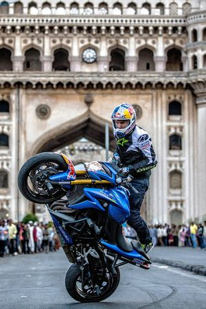 Aras Gibieza performs stunt at the Charminar in Hyderabad