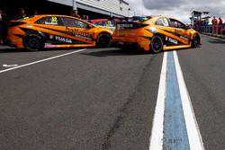 Gordon Shedden, Halfords Yuasa Racing y Matt Neal, Halfords Yuasa Racing