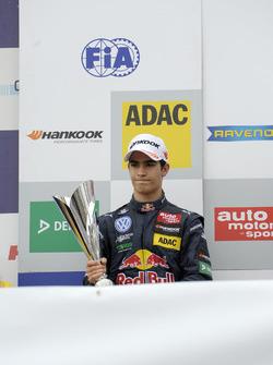 Подиум: Сержиу Сетте Камара, Motopark Dallara F312 – Volkswagen