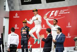 Podium: race winner Nico Rosberg, Mercedes AMG F1, second place Max Verstappen, Red Bull Racing, thi