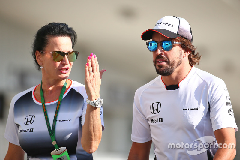 Fernando Alonso, McLaren con Silvia Hoffer, McLaren encargada de prensa