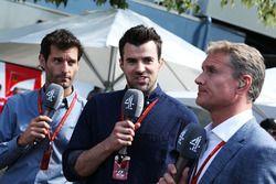 Mark Webber, Porsche Team WEC Fahrer und Channel 4 Moderator mit Steve Jones, Channel 4 F1 Moderator