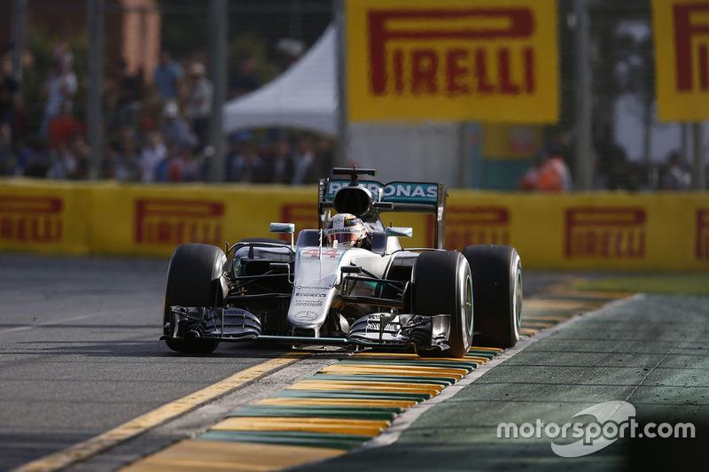 Australia 2016: Lewis Hamilton, Mercedes AMG F1 W07