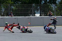 Sturz: Andrea Iannone, Ducati Team; Jorge Lorenzo, Yamaha Factory Racing