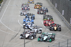 Start: Simon Pagenaud, Team Penske, Chevrolet, führt