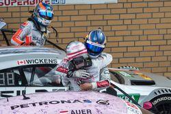 Маттиас Экстрём, Audi Sport Team Abt Sportsline, Audi A5 DTM, и Лукас Ауэр, Mercedes-AMG Team Mücke,