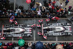 #1 Porsche Team Porsche 919 Hybrid and #2 Porsche Team Porsche 919 Hybrid
