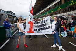 Charming fans of #1 Porsche Team Porsche 919 Hybrid