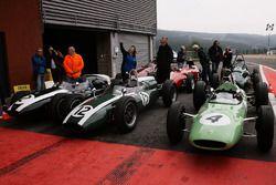 Los ganadores, con motor trasero y delantero