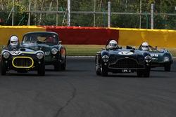 #17 Aston Martin DB3 (1952): Martin Melling, Rob Hall; #33 Cooper-Bristol (1952): Chris Phillips, Oliver Phillips