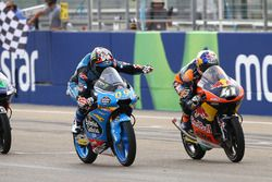 Race winner Jorge Navarro, Estrella Galicia 0,0, second place Brad Binder, Red Bull KTM Ajo
