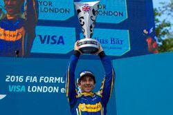 Podium: Sieger Nicolas Prost, Renault e.Dams