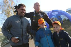 Nasser Al-Attiyah, Overdrive Racing with Tom Coronel