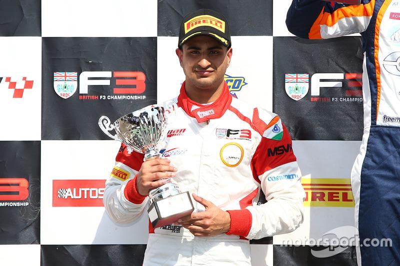 Podio: segundo lugar Kush Maini, Lanan Racing