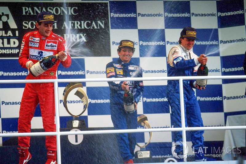 Podium: 1. Alain Prost, Williams; 2. Ayrton Senna, McLaren; 3. Mark Blundell, Ligier