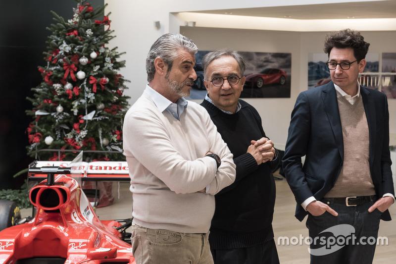 Arrivabene, Marchionne y Binotto en el almuerzo de Navidad de Ferrari