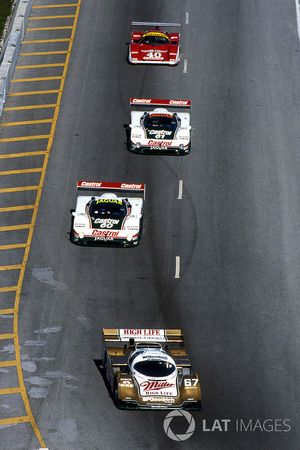 Bob Wollek, Derek Bell and John Andretti, Porsche 962 are leading