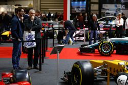 Spectators looking at the 2017 F1 cars at the F1 Racing Magazine stand