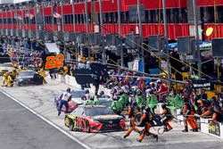 Martin Truex Jr., Furniture Row Racing, Toyota Camry Bass Pro Shops/5-hour ENERGY, Kyle Busch, Joe G