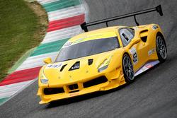 #433 Ferrari North America Ferrari 488: Michael Fassbender