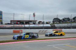 Майкл Макдауэлл, Leavine Family Racing Chevrolet и Лэндон Кэссилл, Front Row Motorsports Ford