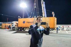Contenedor que llega a Motegi de Nestor Girolami, Polestar Cyan Racing, Volvo S60 Polestar TC1