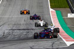 Pierre Gasly, Toro Rosso STR13, Sergey Sirotkin, Williams FW41, Marcus Ericsson, Sauber C37, Brendon Hartley, Toro Rosso STR13, Fernando Alonso, McLaren MCL33