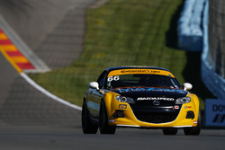 #66 Riley Racing, Mazda MX-5, ST: Jameson Riley, AJ Riley
