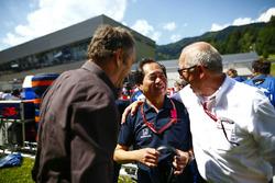 Toyoharu Tanabe, F1 Technisch directeur, Honda, en Gerhard Berger