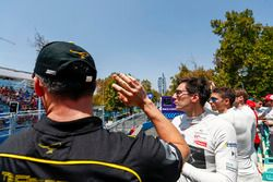 Andre Lotterer, Techeetah waves to the crowds with Alex Lynn, DS Virgin Racing, Edoardo Mortara, Ven