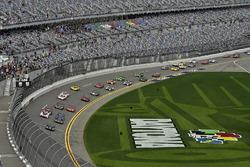 Ренгер ван дер Занде, Джордан Тейлор, Райан Хантер-Рей, Wayne Taylor Racing, Cadillac DPi-V.R (№10),