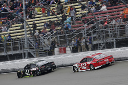 Kurt Busch, Stewart-Haas Racing, Ford Fusion Monster Energy / Haas Automation Ryan Blaney, Team Pens