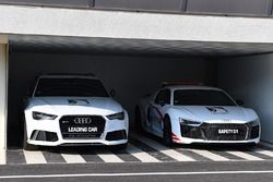 Circuit Safety car and Leading car