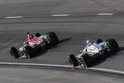 Robert Wickens, Schmidt Peterson Motorsports Honda, Simon Pagenaud, Team Penske Chevrolet