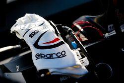 Harrison Burton, Kyle Busch Motorsports, Toyota Tundra Morton Buildings gloves