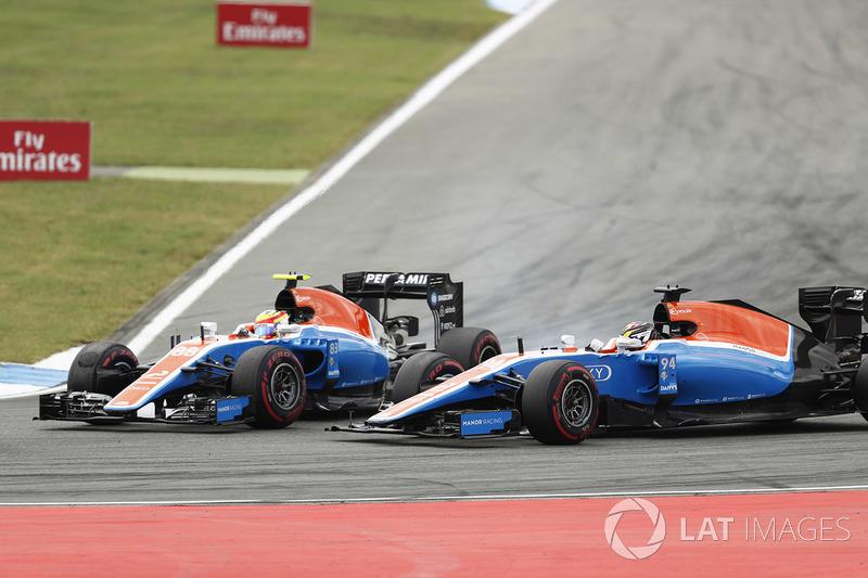 Rio Haryanto en Pascal Wehrlein, Manor MRT 05