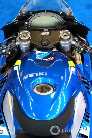 Suzuki detalle