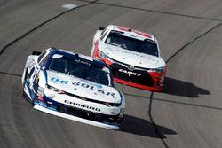Kyle Larson, Chip Ganassi Racing, Chevrolet Camaro DC Solar, Christopher Bell, Joe Gibbs Racing, Toyota Camry Rheem-Smurfit Kappa