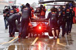 Les mécaniciens Red Bull Racing et Daniel Ricciardo, Red Bull Racing RB14