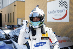 Pole position per Philipp Eng, BMW Team RBM