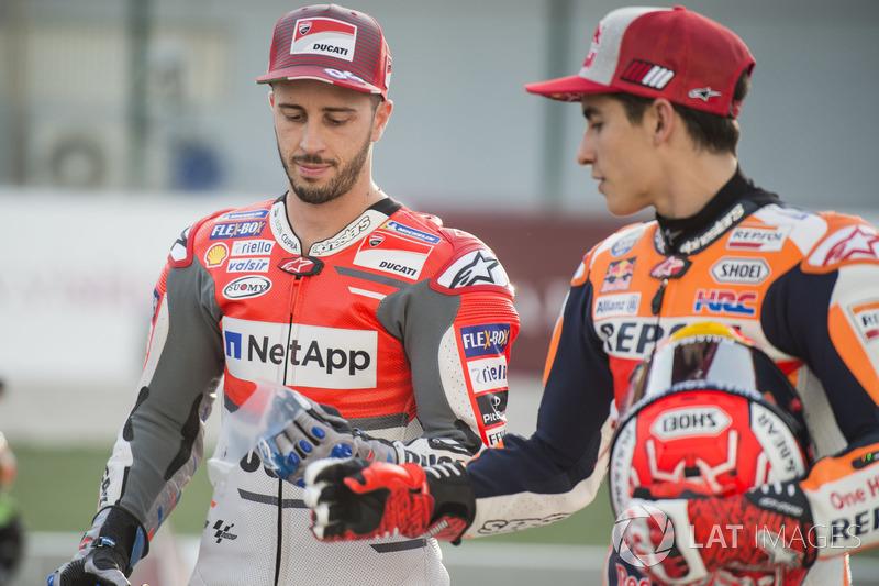Andrea Dovizioso, Ducati Team, playing a joke on Marc Marquez, Repsol Honda Team