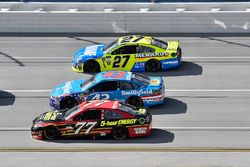 Erik Jones, Furniture Row Racing Toyota, Aric Almirola, Richard Petty Motorsports Ford, Paul Menard,