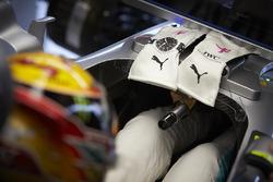 Guantes de Lewis Hamilton, Mercedes AMG F1