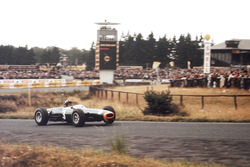 Graham Hill, BRM P261